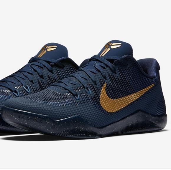 4f245355dabc Nike low top basketball shoes. M 5b7a5f75534ef9dcf60a3062